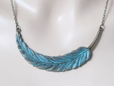 Love the turquoise patina on this necklace--wearing one now :D
