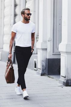 55 Mens Chinos Outfit for Cool Casual Style - Mens Fashion Summer Outfits, 80s Fashion, Fashion Styles, Street Fashion, Fashion Ideas, Fashion Guide, Dance Fashion, Fashion 2017, Fashion Addict