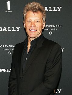 FIRST LISTEN: Hear Jon Bon Jovi's New Song from Finding Neverland http://www.people.com/article/jon-bon-jovi-finding-neverland-song-beautiful-day