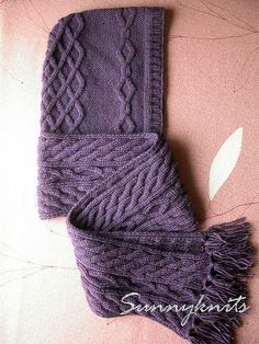 Hooded scarf by sunnyknits, via Flickr