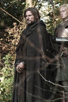 Game of Thrones Photo: Brienne of Tarth & Jaime Lannister Jaime And Brienne, Jaime Lannister, Cersei Lannister, Game Of Thrones Jaime, Game Of Thrones Episodes, Valar Dohaeris, Valar Morghulis, Winter Is Here, Winter Is Coming