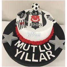Beşiktaş pastası. Takım pastası. Yetişkin doğum günü pasta. Birthday cake. 30.Birthday cake.