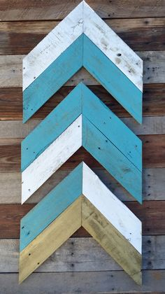 Wooden Arrow Signs, Wood Arrow Sign, Chevron Pallet Sign, Distressed Pallet Wall Hanging, Chervon Wall Hanging, Pallet Wall Hanging by EverArizona on Etsy https://www.etsy.com/listing/254507126/wooden-arrow-signs-wood-arrow-sign