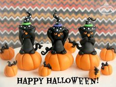 Black Cat and Pumpkin Fondant Figures - TUTORIAL to make these fondant figures