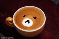 A bear in a coffee, what could be better Coffee Latte, My Coffee, Coffee Talk, Cappuccino Machine, Cappuccino Art, Watermelon Carving, Cafe Art, Japanese Tea Ceremony, Food Garnishes