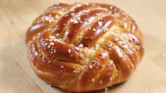 Winston Brot | Knoten aus Hefeteig flechten