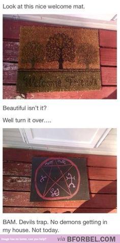 Not Today, Friends Of Satan… Sam Dean, Castiel, Misha Collins, Impala 67, Devils Trap, Supernatural Memes, Supernatural Tattoo, Supernatural Wallpaper, Fandoms