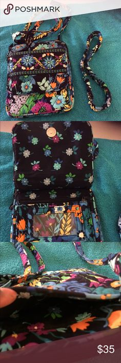 Vera Bradley crossbody bag with headband. Vera Bradley floral crossbody bag with matching headband. Vera Bradley Bags Crossbody Bags