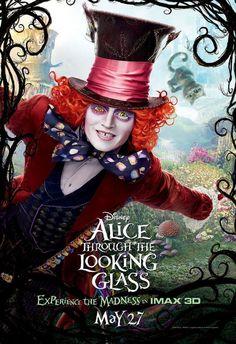 """'Alice Através do Espelho' (Alice Through the Looking Glass) é uma continuação do filme """"Alice.."""