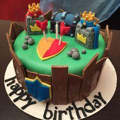 Resultado de imagen para clash royale cake Royal Cakes, Torta Clash Royale, Birthday Parties, Birthday Cake, Clash Of Clans, Cake Designs, Amazing Cakes, Chocolate Cake, Party Themes