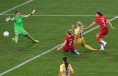 Die Schwedinnen verkürzten jedoch schnell: Einen Angriff über die rechte Seite…