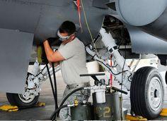 http://www.militaryfactory.com/aircraft/imgs/generaldynamics-f16-fightingfalcon_15.jpg