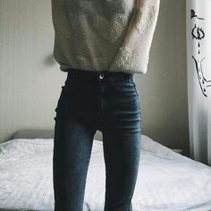 """delicatelythoughtfulpoetry: """"Some of my favourite comfy/cozy thinspo, since it's snowing in Ohio right now 🌨☕️ [no images are mine, and I will remove any if requested. Thin Skinny, Skinny Love, Skinny Girls, Skinny Jeans, Skinny Motivation, Body Inspiration, Skinny Inspiration, Perfect Body, Korean Fashion"""