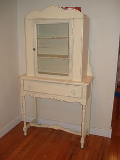 """I have a beautiful old dresser bought at a yard sale for £20 with """"shabby chic"""" in mind...."""