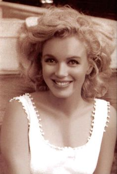 Marilyn Monroe in one of her most naturally beautiful pictures