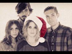 Dead Sara Snow In Los Angeles w/ Lyrics Christmas Holiday