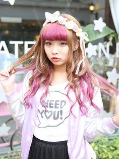 streetsnapfashion:  src:@ Harajuku Girls, Harajuku Fashion, Kawaii Fashion, Cute Fashion, Star Fashion, Harajuku Style, Street Snap Fashion, Tokyo Street Style, Japanese Street Fashion