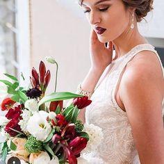 #ottawawedding #amysturgeonphotography #luxeventrentals #winterwedding #ottawaflorist #orangerieottawa