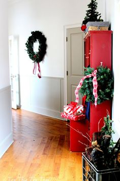 Top This Top That: Christmas Home Tour 2013