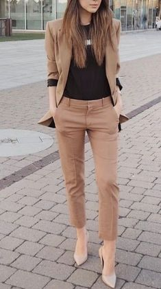 25 Best Casual Office Outfits - Business Outfits for Work Stylish Work Outfits, Summer Work Outfits, Work Casual, Smart Casual, Fashionable Outfits, Stylish Winter Clothes, Stylish Office Wear, Summer Clothes, Spring Outfits