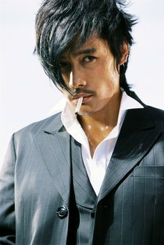Lee Byung Hun from the movie The Good, The Bad, And the Weird.  He was the Bad.