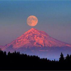 Full moon rising over Mt. Hood, Oregon #TourThePlanet