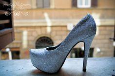 Look at Lindsay's wedding shoes!! WOW www.weddingsinrome.com