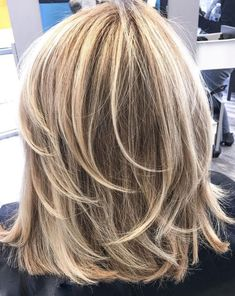 60 Fun and Flattering Medium Hairstyles for Women : One-Length Medium Cut with Feathered Layers Medium Layered Hair, Medium Cut, Medium Hair Cuts, Short Hair Cuts, Medium Hair Styles, Curly Hair Styles, Pixie Cuts, Bob Hairstyles For Thick, Layered Haircuts
