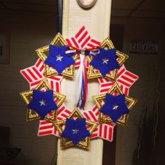 Plastic Canvas Star and Stripes Wreath by Cathygiftsandthings