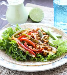 Roasted Chickpea Fajitas: an easy and healthy meal that's ready in less than 30 minutes.