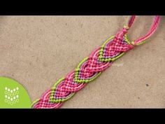 Macramé Leaves: Friendship Bracelet - YouTube
