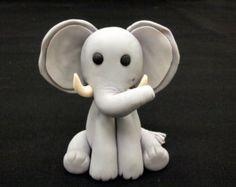 Fondant 3D Elefant Cake Topper von PeggyDoesCake auf Etsy
