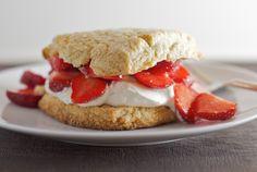 Almond-oat Strawberry Shortcake