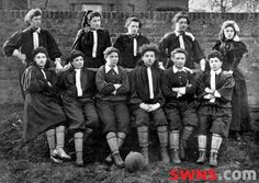 Mrs Graham's XI - Scottish Suffragettes football team