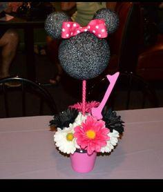 Sofia's first birthday Minnie Mouse centerpiece.