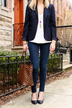 Wear to work style |