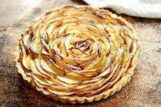 Eplepai med vaniljekrem Food N, Food And Drink, Artichoke, Sweet Recipes, Peanut Butter, Gluten, Sweets, Dessert, Vegetables
