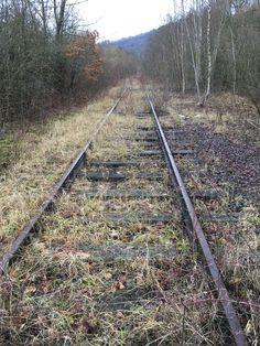Railroad Tracks, Paths, Train Tracks