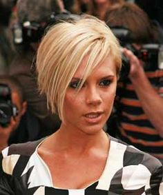 Victoria Beckham With Blonde Hair 59