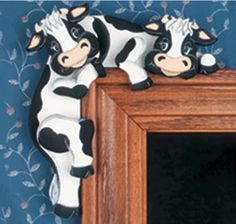 Cow Kitchen, Kitchen Ideas, Cartoon Cow, Cow Decor, Cow Pattern, Intarsia Woodworking, Painting Patterns, Cows, Lego