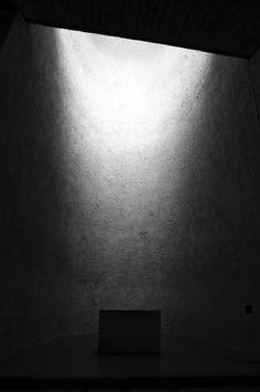 Ecomanta: Notre Dame du Haut by Le Corbusier - Rochamp Chapel