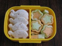 BentoLunch.net - What's for lunch at our house: Preschool Snack Bento #5 - Turtles & Inside Out Flowers