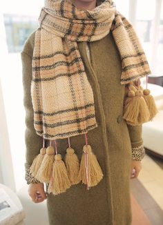 Beige Plaid Cozy Knit Scarf