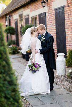 Winters Barns Canterbury wedding Katherine and Martin Check more at https://www.howlingbasset.com/winters-barns-canterbury-wedding-katherine-and-martin/