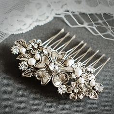 ABAGAIL, Victorian Flower Bridal Hair Comb, Crystal and Pearl Wedding Hair Comb, Vintage Bridal Hair Accessories (Signature Collection)