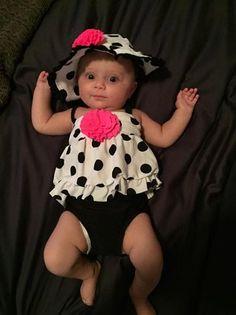 ASSISTA: Este cara descobriu 18 maneiras (malucas) de segurar um bebê