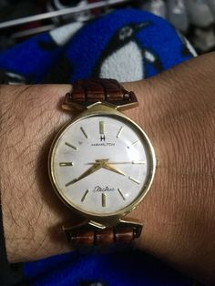Unique Watches, Vintage Watches, Luxury Watches, Watches For Men, Gold Watch, Hamilton, Hobbies, Electric, Classic