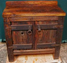 Rustic Bathroom Vanity Log Cabin Rustic Vanity with Hammered