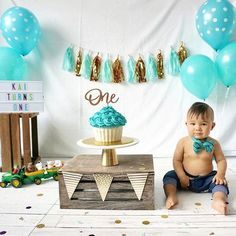 A Classic Baby Boy Cake Smash With Our Favorite Lil On His 1st Birthday MJ