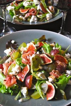Autumn fig and cheese salad Lunch Recipes, Salad Recipes, Dinner Recipes, Healthy Recipes, Grape Recipes, Food Porn, Good Food, Yummy Food, Stay Fit